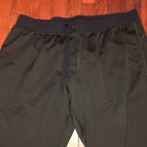 Under armor joggers pants sz 2 XL green black